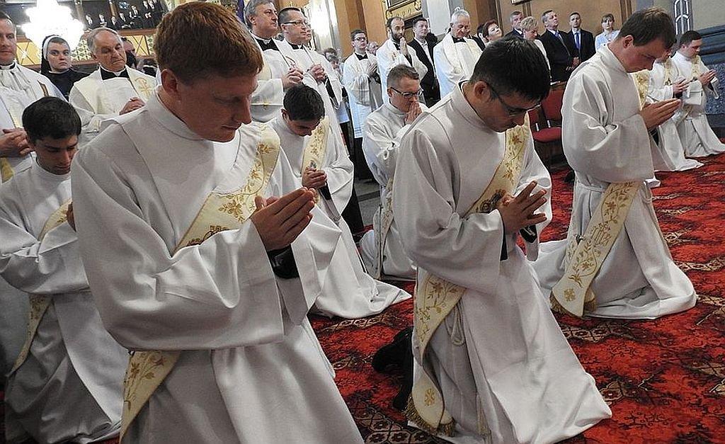 Syn Premier Przyjął Święcenia W Bielsku-Białej