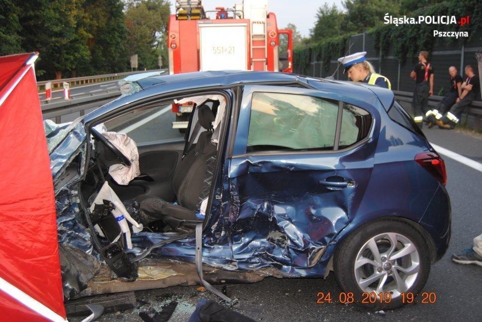 Fatalny wypadek. Jedna osoba nie żyje, 2 są ranne