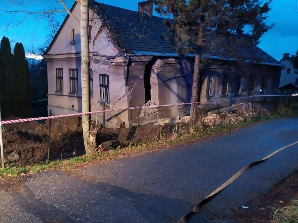 Częściowo Zawalił Się Budynek Dawnego Przedszkola