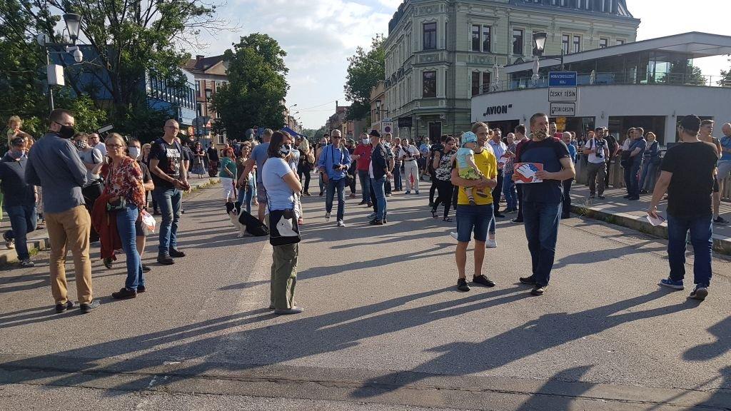 To stygmatyzacja Śląska. Protest na moście