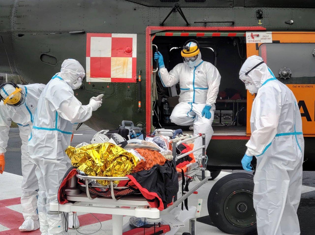 Wojskowy śmigłowiec pod szpitalem. To nie ewakuacja!