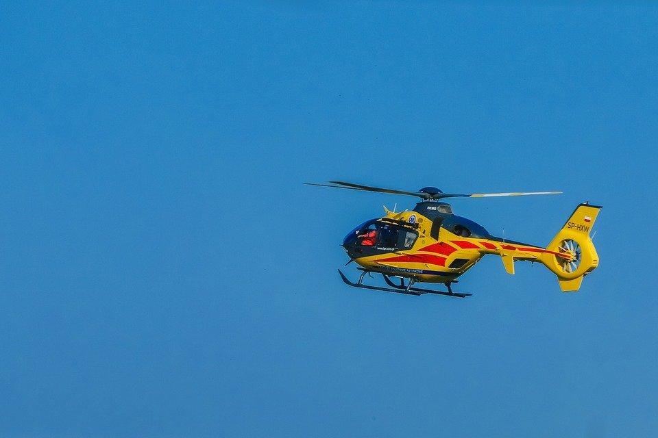 Lądował śmigłowiec. Pomocy potrzebował 62-latek