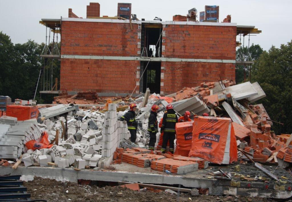 Katastrofa Budowlana. Zawalił Się Blok W Budowie Foto; Video