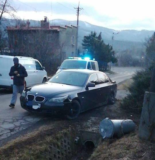 Kierowca porzucił auto