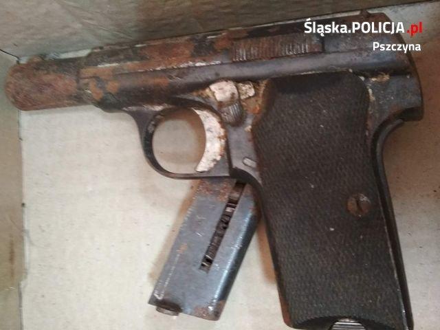 Zagadkowa Broń I Amunicja