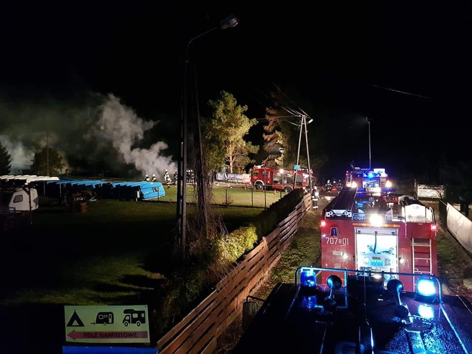 Spłonęło 6 budynków! Szacują straty