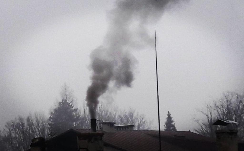 """""""smogowy Lider"""" Wprowadzi Zakaz Palenia Węglem?"""