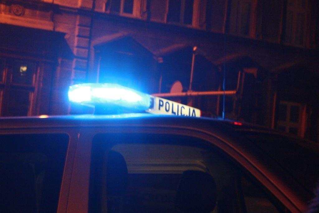 Kierowca Uderzył W Bariery. Utrudnienia Na Dk 1