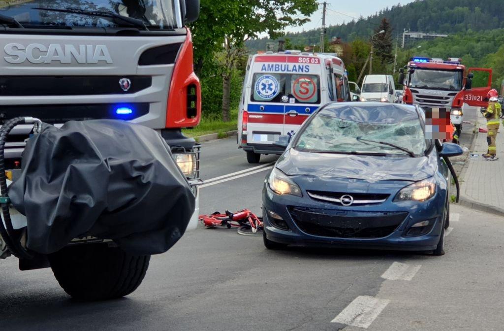 Potrącenie Rowerzystek. Policja Poszukuje Świadków Wypadku
