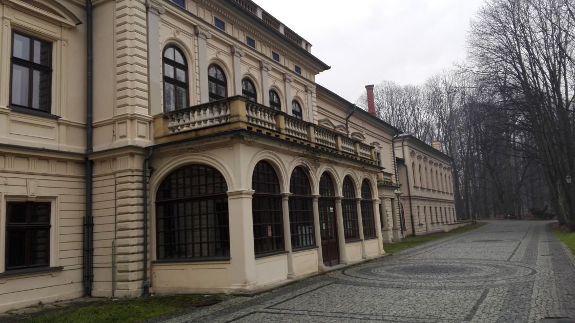 Pałac Do Wzięcia
