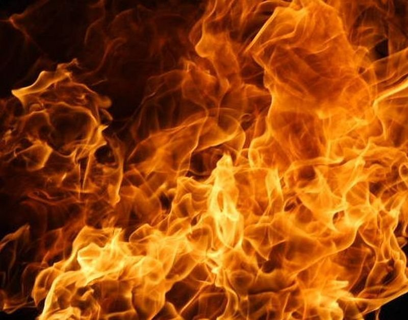 Pożar Domku. Poparzony Mężczyzna