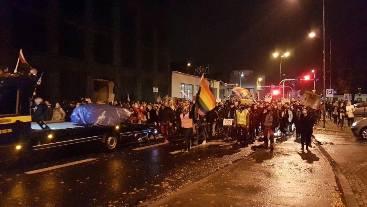 Protest w deszczu