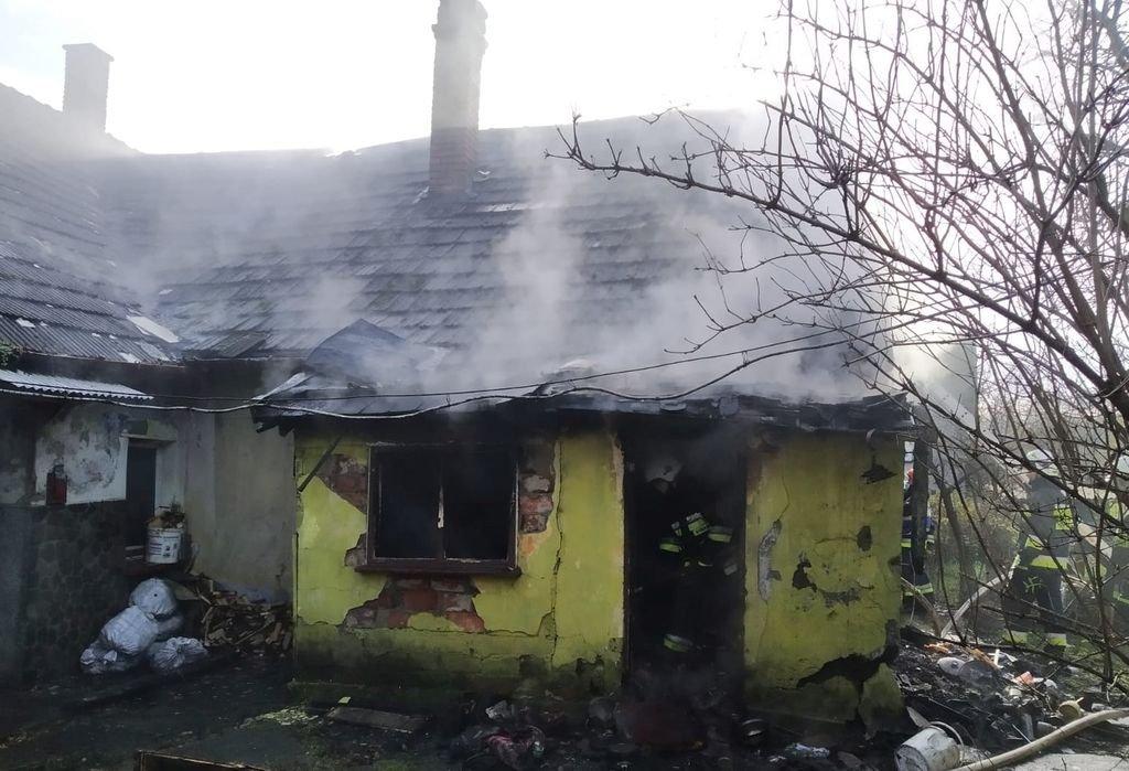 Pożar Domu. Na Miejscu Lpr