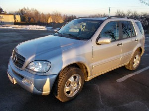 Mercedes-Benz ML W163